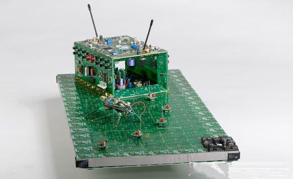 激发创意:废旧电路板的艺术