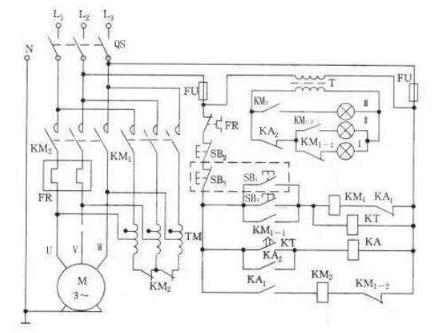 随着启动时间的推移, 可变电阻上的压降减少, 最终使高压电机顺利启动