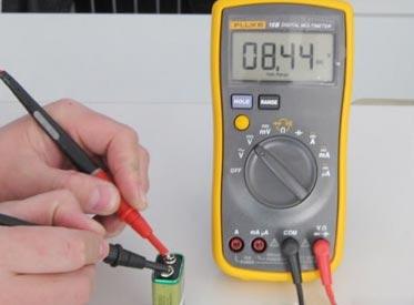 万用表测量电阻的方法和技巧