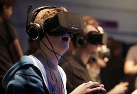 蔡司发布最新VR虚拟现实头盔