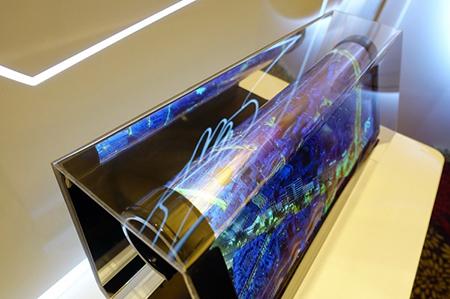 电子OLED技术将会逐步替代LCD技术