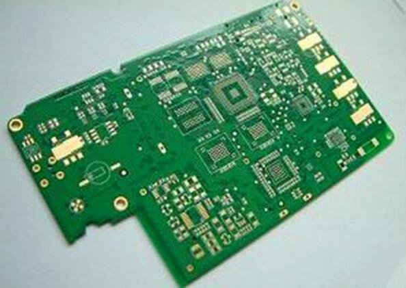 多层PCB内层短路工艺因素