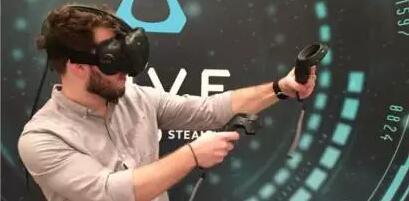 VR设备没有想象中受人热捧,一年才卖630万台