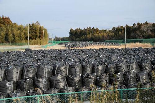 """日本福岛""""鬼村""""辐射剂量仍超标 德媒:类似切尔诺贝利"""