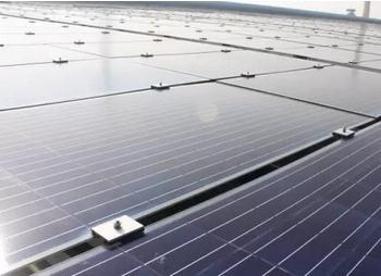 中建材(宜兴)新能源公司开发出目前世界上能够量产的最薄的光伏玻璃