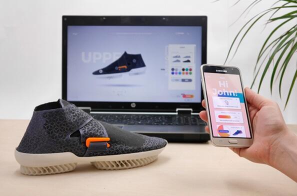 采用3D打印技术自主设计打印环保运动鞋