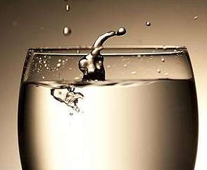 新的水过滤方法仅需传统方法千分之一的能量