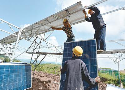 重庆丰都兴义镇保家寺村光伏生态园:1.8兆瓦光伏发电厂+蘑菇种植