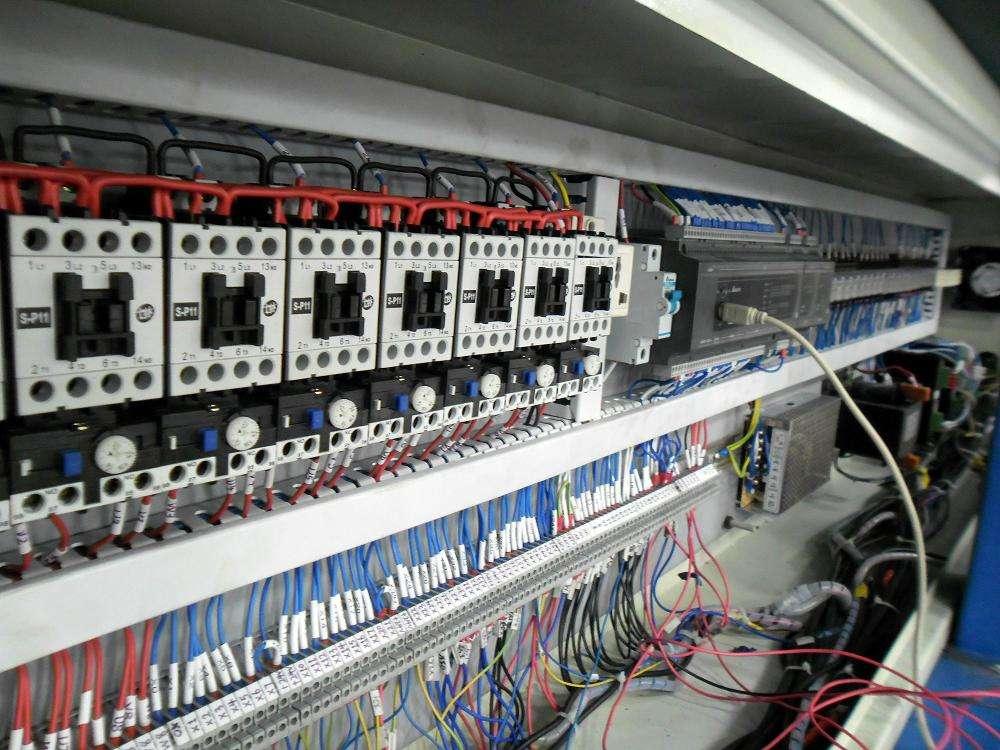影响电气自动化控制设备可靠性的因素