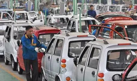 五月汽车销量下滑 新能源车现放量迹象