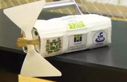 俄罗斯宇航员成功从ISS上手动发射世界首颗3D打印卫星