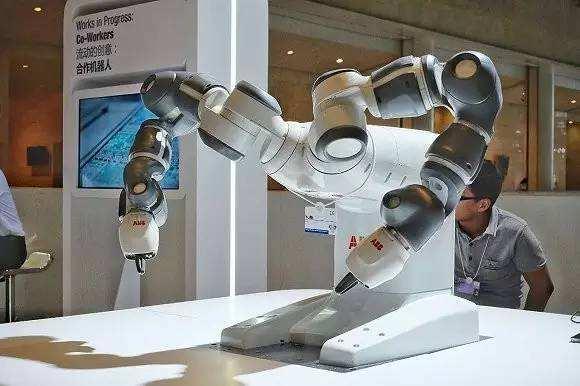 """新型机器人把灵活度的""""功夫""""练到当前的极点"""