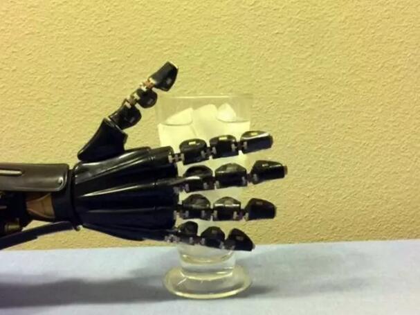 """3D打印的""""自折叠""""电子器件:可应用于机器人!"""