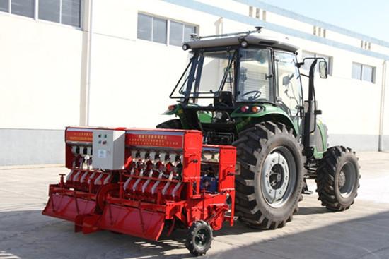 """南京农机化所种植机械创新团队:""""精确变量播种施肥机""""功能"""