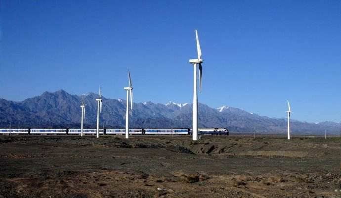 """我国的陆上风力发电场的""""四巨头""""是哪几位?"""