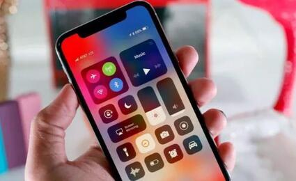 要不要买iPhone X先看看这使用体验分享