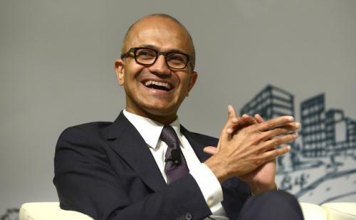 微软CEO纳德拉获得2018年美国年度最佳CEO