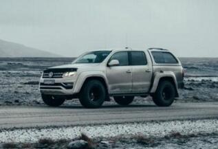 大众与Arctic Trucks合作,改造出能在冰岛探险的Amarok皮卡车