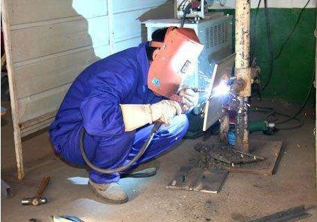 二氧化碳气体保护焊的冶金特性及操作规程