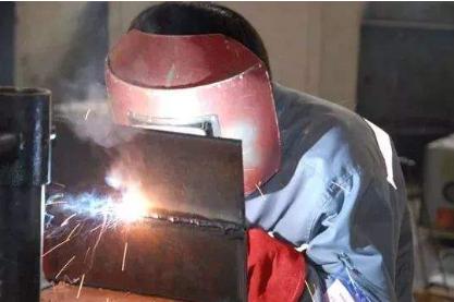 影响金属材料焊接性的因素有哪些?