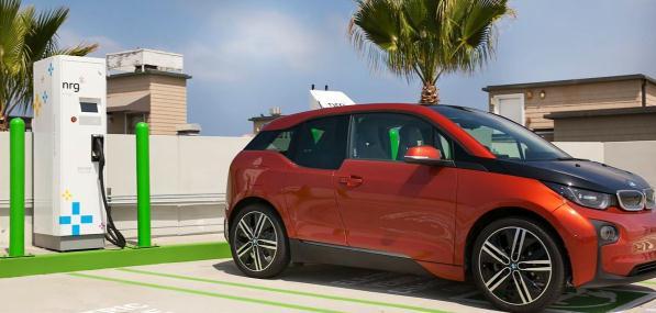 """新能源汽车限购""""解禁""""与双积分修正案对新能源汽车市场的影响分析"""