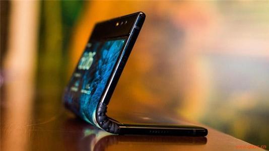 5G+折叠屏能为用户与手机带来哪些转变?
