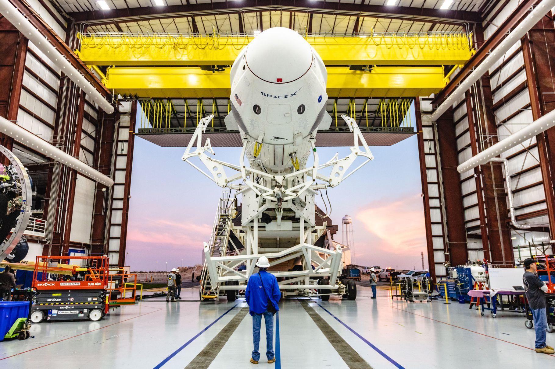 SpaceX查明载人龙飞船爆炸原因:阀门故障导致飞船推进剂泄漏