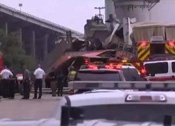 亨斯迈石化生产工厂遭大货车坠落砸中,所幸无人员伤亡