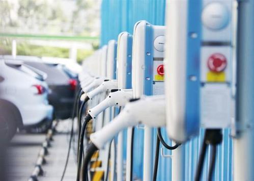 后补贴时代新能源汽车市场加剧洗牌,换电模式或成风口