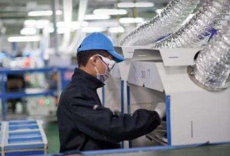 富士康已与少数中国大陆平板制造商会谈 有意出售10.5G LCD产线