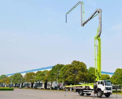 中联重科4.0泵车又添38米新锐,小身材大能量!