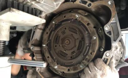 双离合变速箱的优缺点、工作原理、故障维修及使用寿命