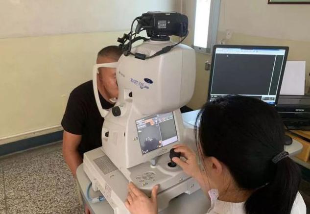 汾阳医院携手吕梁智能大数据研究院部署AI眼底筛查系统