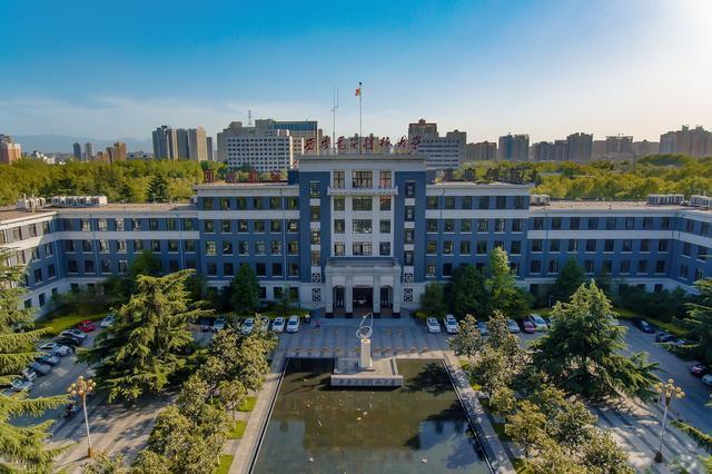 华为每年在西安电子科技大学的招聘人数稳居各大高校榜首