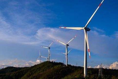 """中国华能集团开始转型扩张新能源 进击""""平价时代"""""""
