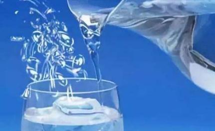 无泡或低泡、低表面张力的表面活性剂的制备方法与步骤