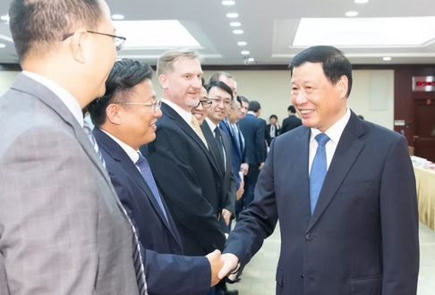 上海再迎外资集中签约,42个项目投资总额共约77亿美元