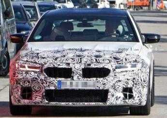 宝马M5中期改款车型路试谍照曝光,或将于2020年下半年发布