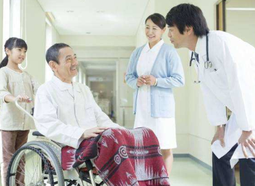 加强养老护理人员职业化队伍建设,有效缓解我国养老护理人员短缺问题