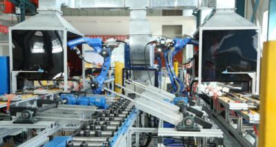 国内首条预埋槽道全自动机器人焊接生产线顺利通过中铁建重工集团验收