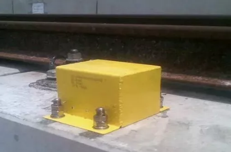 高速铁路地面磁感应器使用与维护