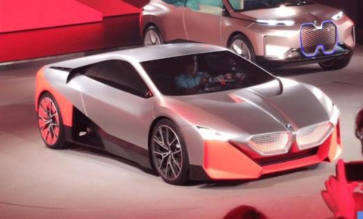 提前两年完成25款新能源车型产品布局:宝马集团电动化战略提速