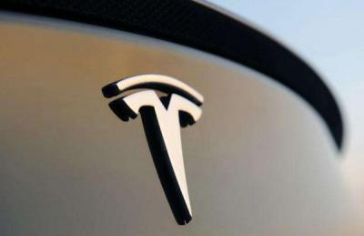特斯拉公布上海Model S起火原因:单个电池模组故障导致
