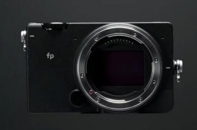 适马发布全球体积最小的全画幅可换镜头相机,支持专业视频制作