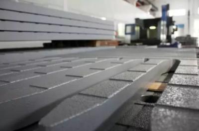 """路宝科技引领钢桥面铺装进入""""去沥青""""时代 创世界纪录"""