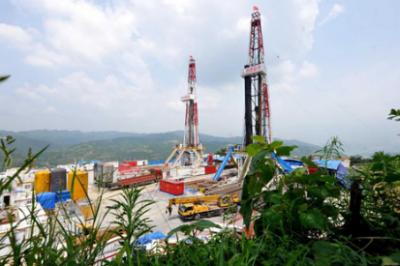高性能水基钻井液研制成功 助推页岩气水平井钻探