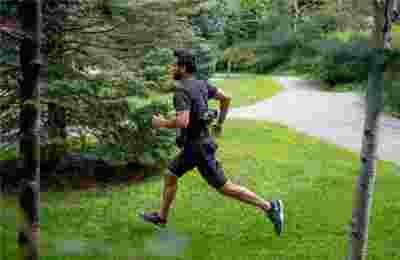 """哈佛大学""""机器人""""短裤登上Science封面 让跑步更加轻松"""