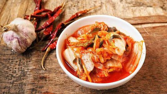 韩国学者发现泡菜饮品可逆转脱发 保持肠道健康后又增新功能