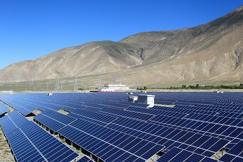 西藏首家通过集中式逆变器参数优化测试的光伏电站成功并网