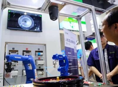 佳能工业影像平台亮相第21届工博会 致力打造可视化智能工厂